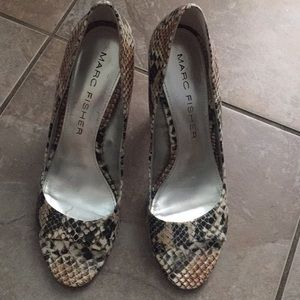 Marc Fisher Women's: Marc Fisher Snakeskin shoes